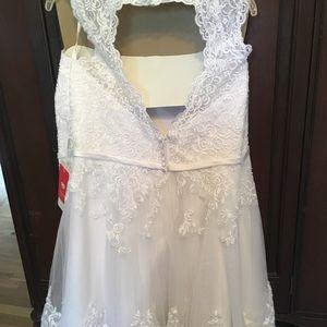 Princess Knee Length Tulle Wedding Dress